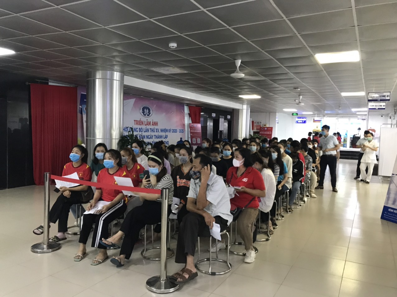Laos students studying at Hung Vuong University have received the full course of vaccinations necessary to protect again Covid-19.